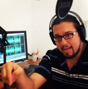 Ospite, nel 2014, negli studi di Radio Finestra Aperta