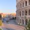 Il Colosseo, e intorno il silenzio